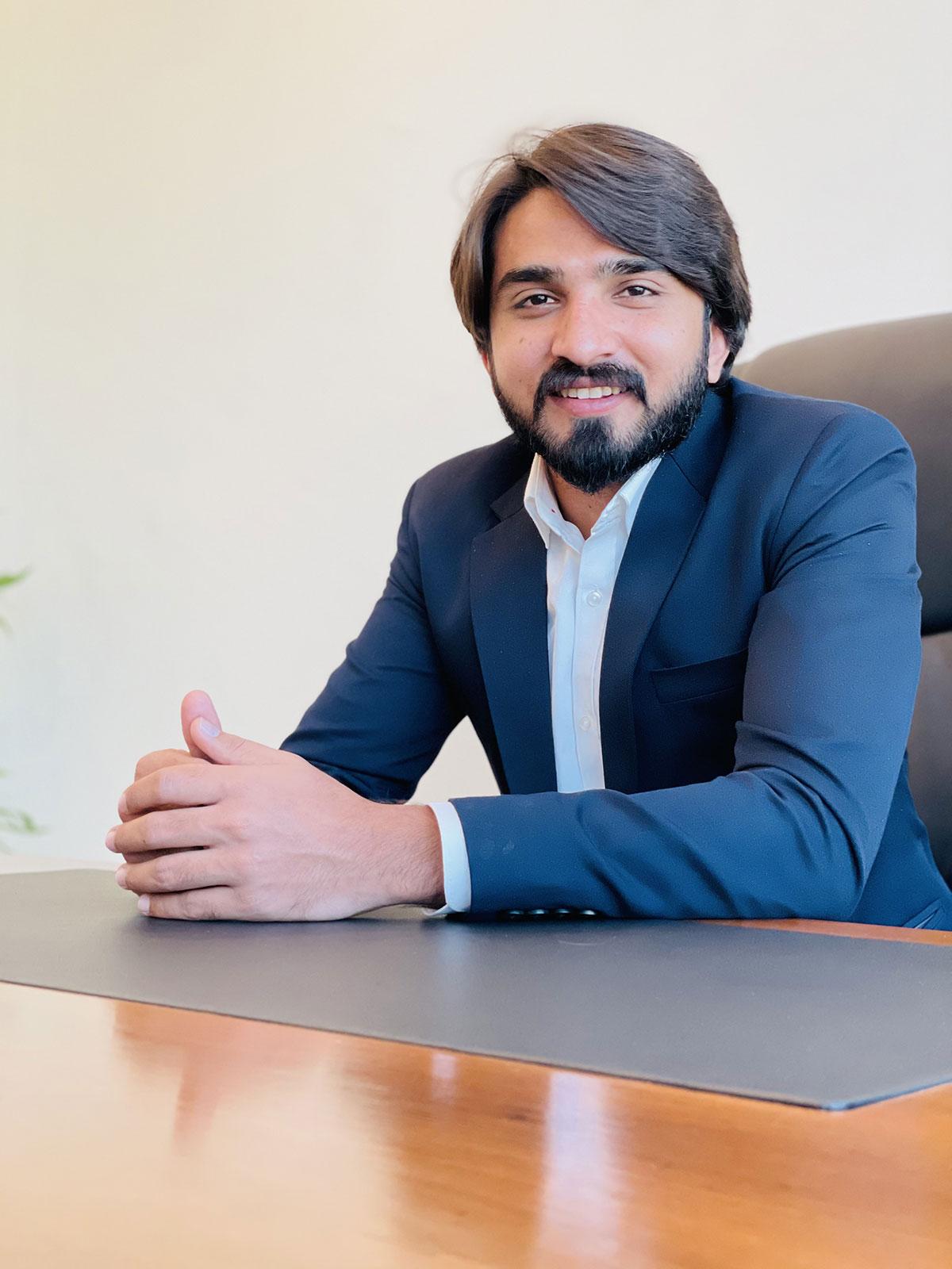 earbaz-saqib-profile